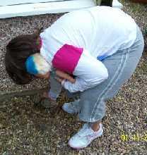 outdoor scavenger hunts for kids